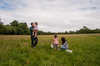Family in Draycote Meadows Steven Cheshire